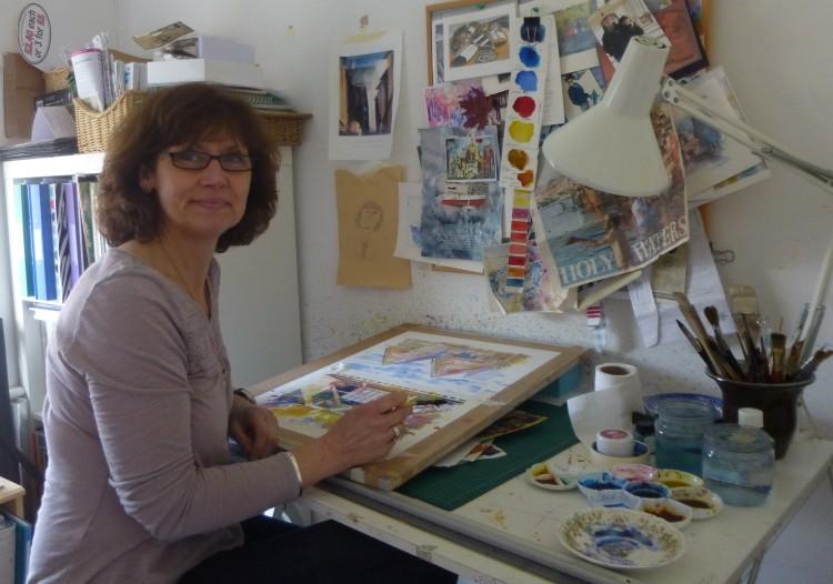 Tracey Saunders in her studio